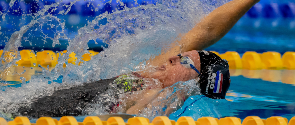 Kira Touissant is going for the world record at the FINA Swimming World Cup in Berlin